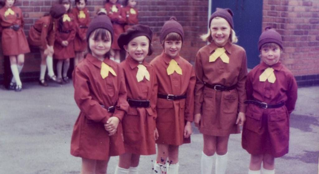 4th-Radcliffe-on-Trent-Brownies-1977.-Courtesy-of-Girlguiding-Nottinghamshire-archive1-e1413918920395-1024x557