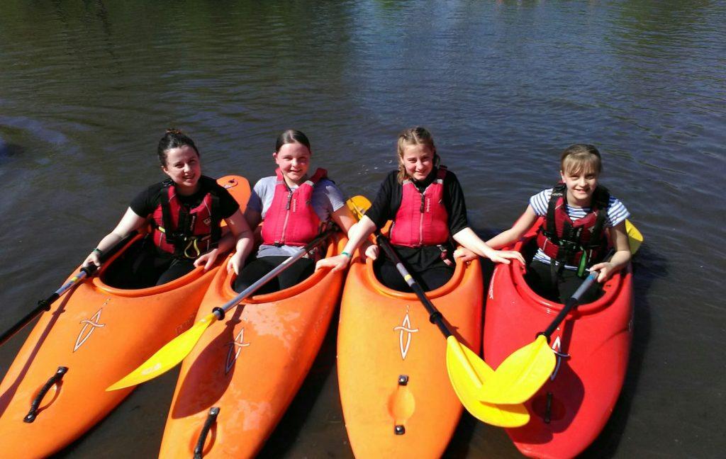 Canoeing Activities Camping Girlguiding Nottinghamshire